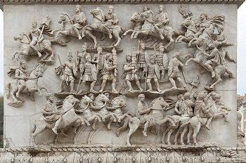 Roman artwork depicted by Column of Antoninus Pius