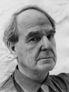 Famous Sculptors of All Time Henry Moore